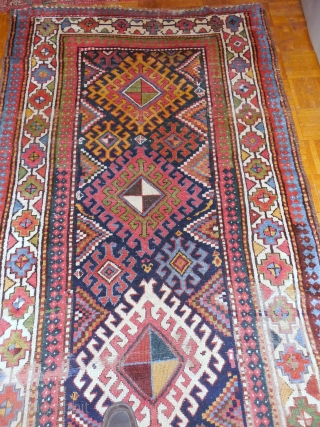 CAUCASIAN LONG RUG WITH ALL GOOD DYES IN EXCELLENT CONDITION.