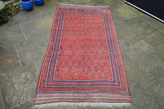 This is a very striking boteh Afshar carpet from the province of Kerman, last quarter 19th century. The carpet, which retains its plain-weave elems, is in very good overall condition - 2.60  ...
