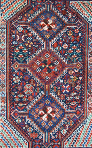 """Lovely Khamseh Confederacy rug, Baharlu tribe, in very good overall pile and condition. 1.58 x 1.27m (5' 2"""" x 4' 2"""")."""