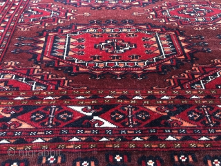 Turkmen Saryk çuval. Cm 87x153- Second half 19th century. Six main Gul pattern. Wool, silk, cotton. Very fine weave. Lovely natural saturated colors. See madder red, cochineal, orange on a liverish brown  ...