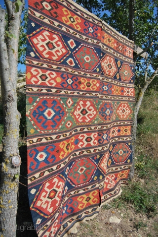 Kazak Kilim. Cm 180x210 approx. In two strips. Second half 19th c. Beautiful, elegant, fantastic natural dyes, good condition.
