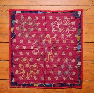 Lakai Ayna Khalta, 3rd to 4th quarter of 19th century. Very fine silk embroidery in natural dyes on wool broadcloth. Wonderful spatial composition surrounded by a meandering vine and floral border.   ...
