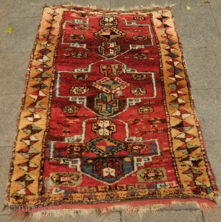 Sivas-Arapgir yatak rug, last quarter of 19th Century.  Fantastic design and a great tribal piece.  Long pile and great colors, all natural. The green has faded a little at the  ...