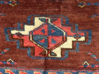 This is an Antique Turkoman Juval. I believe it is either a Yomud or  a Tekke. Probably early 2oth century (?) This bag face in in very good condition with NO damage, No moth bites,  ...