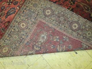 Antique Persian Ferahan Sarouk Rug.  size 4'x6'8'' .condition full pile ,no repair no wear .lovely rug.