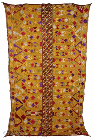 Phulkari From East(Punjab) India Called As Darshan Dwar.Very Rare Pattern.Extremely Fine Phulkari.Its Size is W-138cm X L-235cm.(DSL02720).