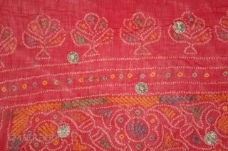 Tie and Dye Cotton Odhani(Bandhani) With Gota Patti Work From Rajasthan India.Its Size is 83cm X 198CM.(DSL01720).