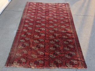 Large Kizilayak Turkmen rug, 7ft 10in x 6ft 2in. Great variations in the guls and even an extra head design in the quartering of some. It was cut and shut in the  ...
