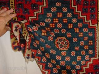 fabulous 200m y old konya rugfragment, clean, fabulous natural colors, great pile 107x48cm 3.6x1.6ft