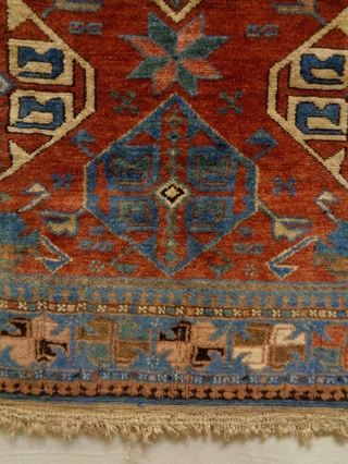 Fine Eriwan Size: 108x136cm Natural colors, made in circa 1910/20