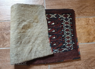 Antique Turkmen Yomud group complete torba with back. In very good condition. Size is: 40x78cm (ca. 15.7x30.7 inches). Great color and rare design elements. Upper and lower borders different than side borders.  ...