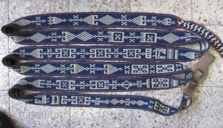 ghashgaei band very old,in perfect condition,there is no cotton in this band,Size:645 x 7.5 Cm