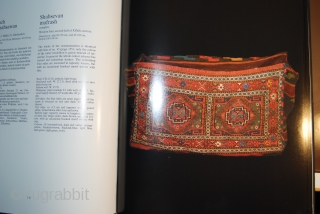 S. Azadi: Mafrash: Woven transport packs as an art form among the Shasevan and other nomads in Persia, 1985, 24 x 29 cm, hardcover without dust jacket, used book with traces of  ...