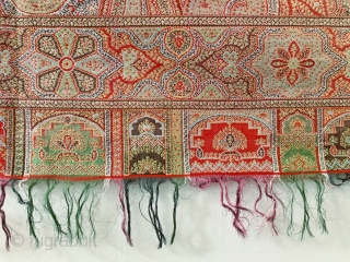 A beautiful antique Victorian Kashmir Paisley Shawl dating to the 19th century. It has an elegant design echoing the beauty of Indian Kashmir example. The colours are gorgeous. The weave is very  ...