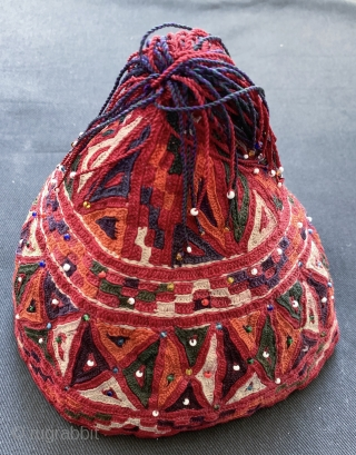 An excellent and very unusual silk embroidered antique hat made by the Turkoman / Turkmen Ersari tribe. This rare piece dates to the late 19th century and is fully silk embroidered. The  ...