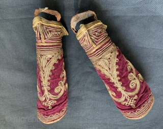 A beautiful and rare pair of antique Ottoman military rank cuffs / sleeves dating to the 19th century. It is made with gilded metal embroidery on maroon silk velvet and would be  ...