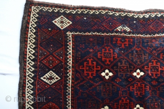 Full Piled meaty shiny wool Antique Baluch Bagface with beautiful colors  size 85 x 79 centimeters...