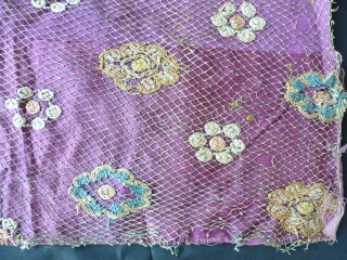 Ottoman embroidery circa 1800 in silk net - 108 x 53