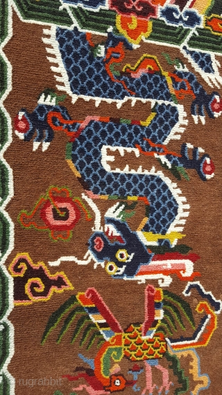 This unique carpet was specially spun during the Footok Festival, which revolves around the 450 year old Tibetan monastery of Olangchung Gola in the Kanchenjunga area of Nepal. The handcraft uses purely  ...