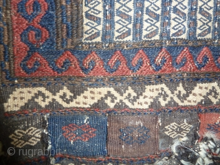 Sometimes I tend to think that the 'real' baluch pieces are the flat-woven ones but certainly they are the most technically advanced.