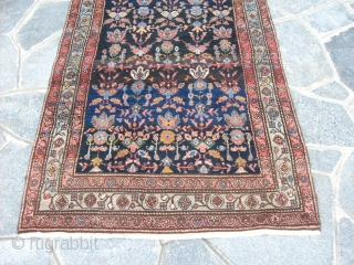 Size:   cm  505 x 103  cm A Persian Malayer runner in perfect condition. Original colors and full pile for this carpet. All original, any restors, repils or damages. Central persian carpet knotted  ...