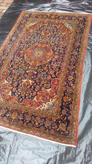 Antique pieca knotted in the Persian city of KASHAN. Very fine knot and all original piece. Full pile, any restors. Beautiful and warm colors for this antique Kashan. Shiny wool and fastenned colors. Good look !  WARM REGARDS  ...