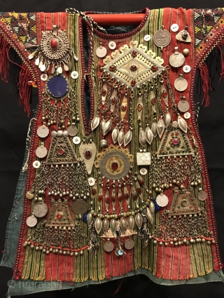 Turkmen tekke vintage handmade baby kaftan   Size:  Height : 50 cm Lenght : 35 cm  Vintage Traditional Nomad child ceremonial dress & vest a child would wear and The Dress is decoreted by hand  ...