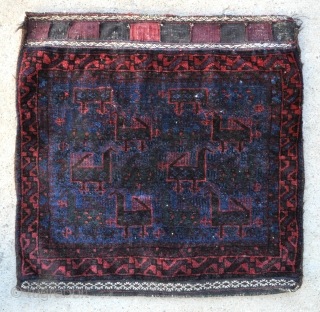 Baluch Bird Bag - complete with kilim back, original sides stitching, great condition, clean, no repairs, super silky wool pile - 24 x 23 - 60 x 59 cm.