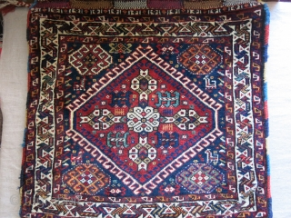 """Qashkai large size double bag. full pile with good condition and locking loops.. Circa 1900 -1920s size: 49"""" X 25"""" - 125 cm X 64 cm"""