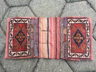 A lovely small antique Afshar Khorjin / Chanteh from Southpersia. Nice collector´s piece, lovely small size: 50x25cm / 1'6''ft x 8''ft