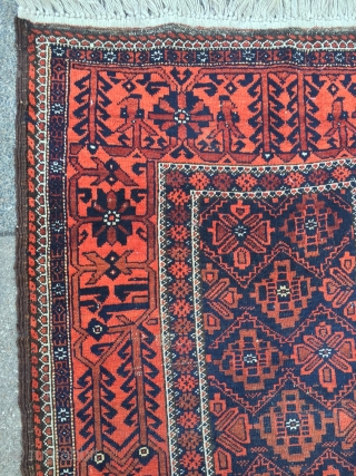 Antique Baluch rug from the 19th century, beautiful border design. Size: ca. 170x87cm / 5'6''ft x 2'9''ft