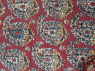 Beautiful antique kashmir shawl. With all over boteh design overall  good condition some moth holes but it can be repaired.size is 5.3 feet long and 4.5 feet wide.