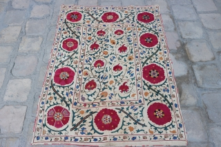 Old Uzbek, Bukhara antiuqe suzani the second half of 19th century, good condition, nice colors. size 155x112cm, for more information please ask