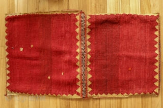 This antique saddlebag was very tightly woven by a Qashqai master weaver with natural dyes. In mint condition. Material: 100% hand-spun sheep wool Size: 110×60 cms Origin: Qashqai tribe, Iran  You can purchase this saddlebag directly  ...