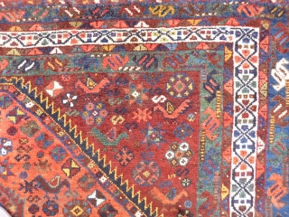 Superb Persian Arabic rug. Great range of colours including terracota, emerald green, pistachio green and yellow. Soft shinny wool, very good condition including colourful side cords. 202x155 cms.
