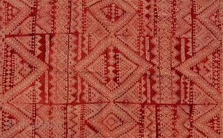 Tunisian wedding shawl. Early 20th century.248 x 141cm. Good condition. A lovely textile.