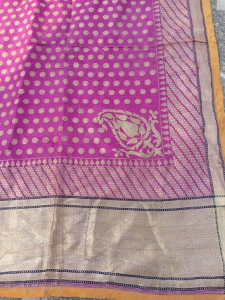 Vintage real Zari dupatta from Varanasi Uttar Pradesh India used by the royal families the dupatta is in mint wearable condition the size of the dupatta is 274 cm X 198 cm.