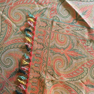 THIS IS AN RARE SQUARE REVERSIBLE SCOTTISH PAISLEY MADE IN SCOTLAND FOR INDIAN ROYAL FAMILIES IN 19TH CENTURY WITH TASSELS IN GREAT CONDITION WITH OUT ANY STAIN OR DAMAGE IN IT .THE  ...