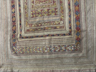 Vintage fine quality Kantha with very fine quality embroidery work from Rajshahi District of Bangladesh 1900C..the Kantha size is 167cm X 102cms.for more fine and better picture plz email us