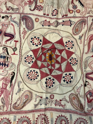 Vintage fine quality kantha from murshidabad district of West Bengal India 1900C. with nice apsaras around the circle and Paisley at the both bottoms are the very fine examples of hand embroidery  ...