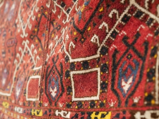 Likely mid 20th century Saryk Arabatchi juval  This is what Peter. F. Stone says: 'Arabatchi; A Turkmen tribe of the Amu Darya (Oxus) region of central Turkestan. Older main carpets attributed to this  ...