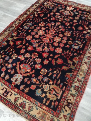 An old Lilian rug with 204/138 cm in very good condition. Wonderful natural colors.