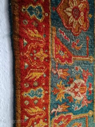 An antique anatolian Oushak rug, 183/130 cm. Good shape. Soft handling, great colors, fine weaving.