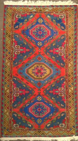 This Antique Caucasus Karabakh Sumack kilim rug is definitely for someone who is looking for somethin large. Before I tell you any details about this kilim rug, I would recommend to have  ...