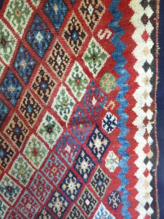 1643 Unusual Antique Qashqai rug, end of 19th century. Low pile but without restoration. All natural dyes. 8'9 x 4'9 - 269 x 145 Check my other posts and website: purdon.com