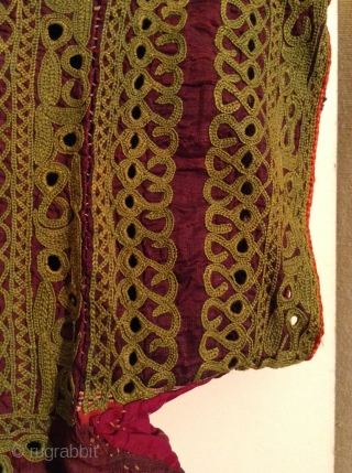 This is a beautiful little dress for about a 3 to 5 year old from India with very fine small mirror work on purple silk.  It is in great condition.   ...
