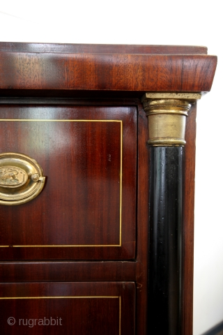 Chiffonière, chest with 6 drawers, 1795 - 1810.  Cuba Mahogany. Rare.  In perfect condition.  High 145 Cm. wide 97 Cm. deep 45 Cm.  Oak interior, dove tailed joints.  Brass inlay.  English brass  ...
