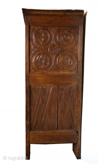 Gotic Cabinet, around 1470. 