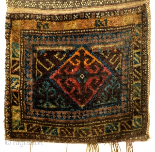 Complete bag, Shantah, Afghan Baluch nomad In perfect condition. Early to Middle 20th century, some synthetic colors.  110 x 50 Cm. 44 inch x 20 inch.   Makes a great pillow. Filled with  ...