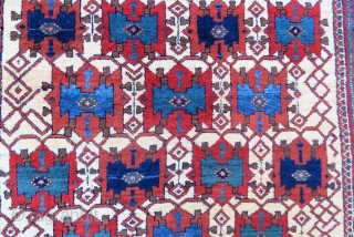 Antique persian avshar rug ivory main color amazin like a Iznik tile colors and full pile all original size 1,88 x 1,41 cm and Circa 1900-1905